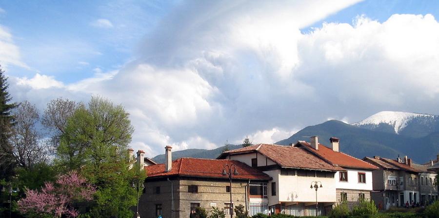 Недвижимость в Банско подешевела наполовину