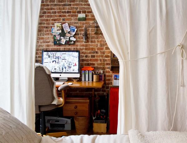 Рабочее место в любой комнате